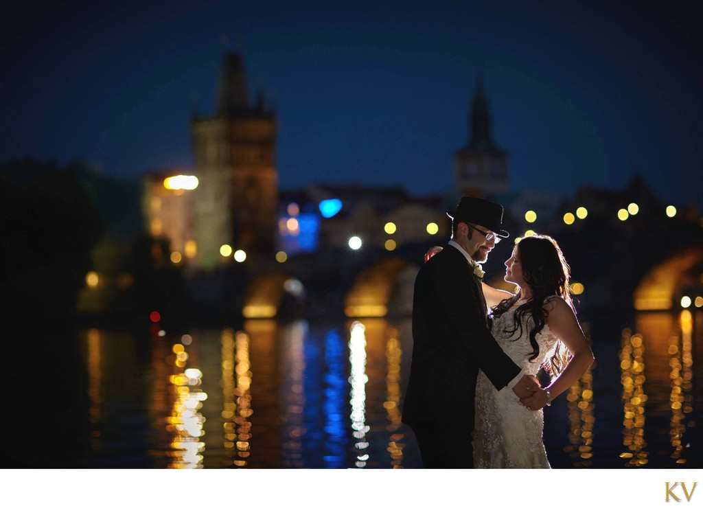 romantic wedding day photo Prague Twilight Lovers