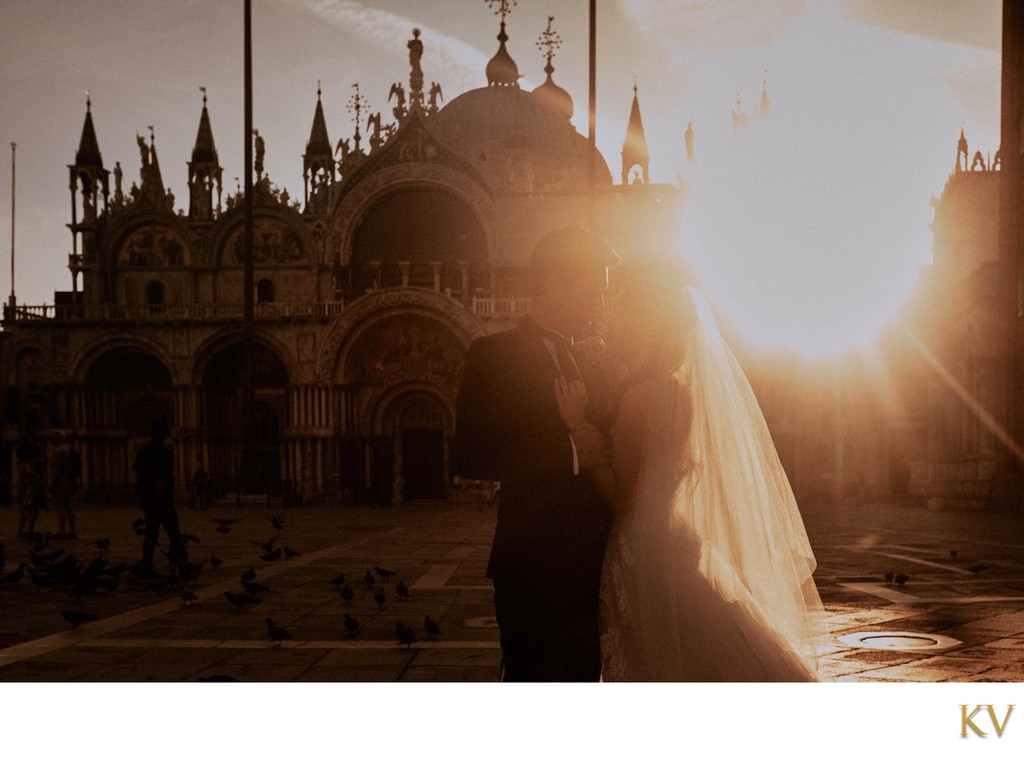 silhouette of bride & groom St Mark's Basilica Venice