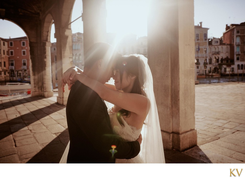 kissed by the sunlight Bride & Groom Venice
