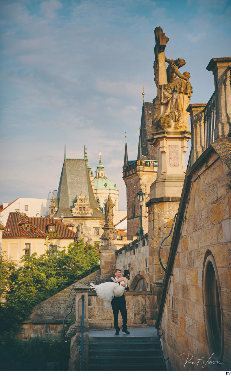 A fairy tale post wedding photo shoot Prague