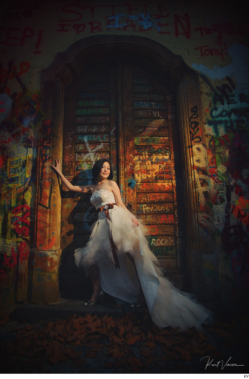 sexiest bride from Shanghai photographed in Prague