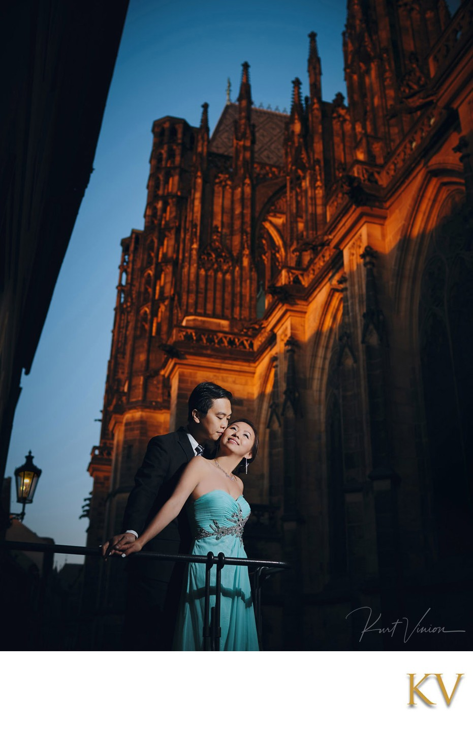 elegant couple night time portrait St. Vitus Cathedral