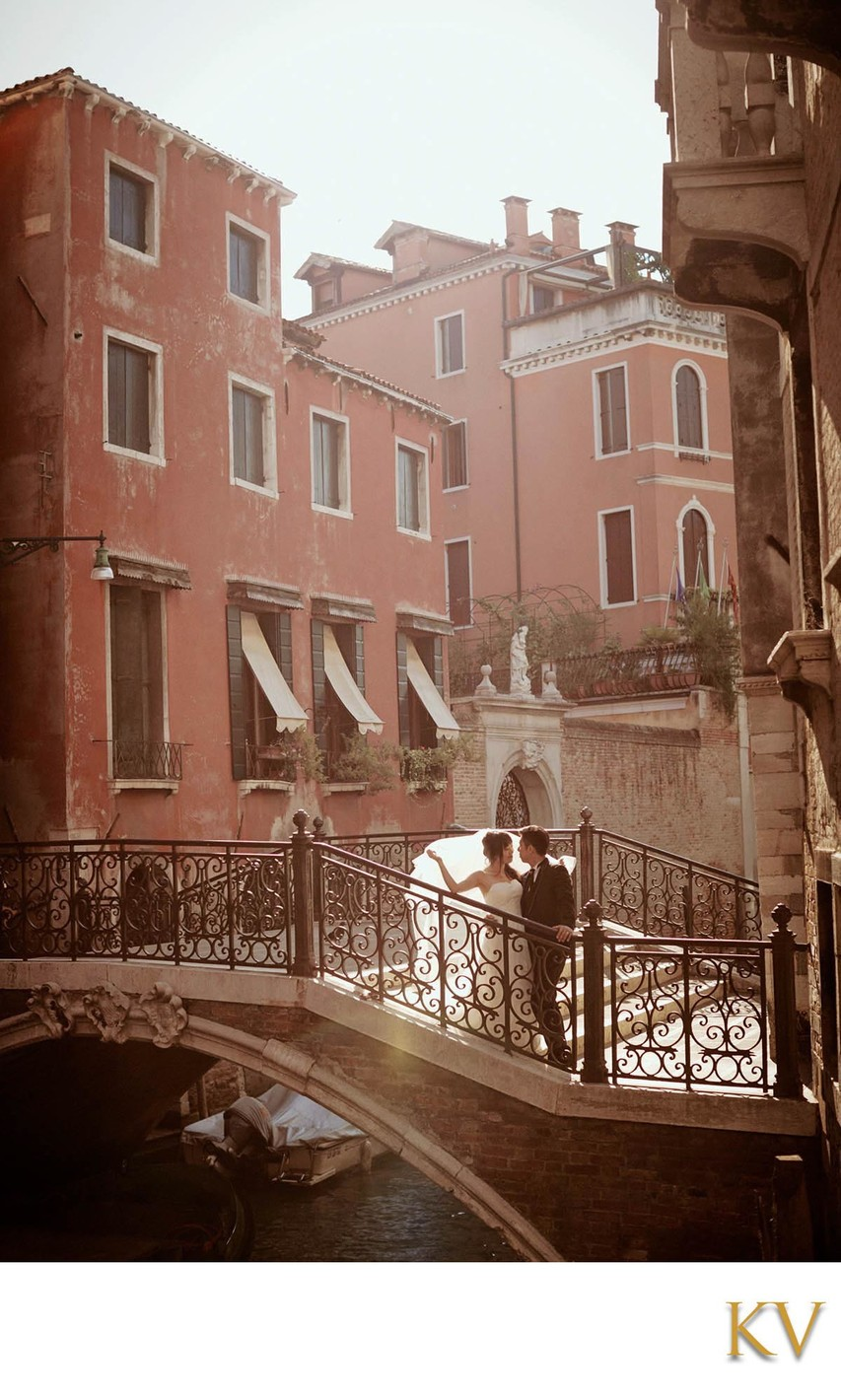 backlit bride & groom Venice Honeymoon photos