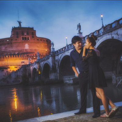 sexy engagement photo at Rome Castel Sant Angelo