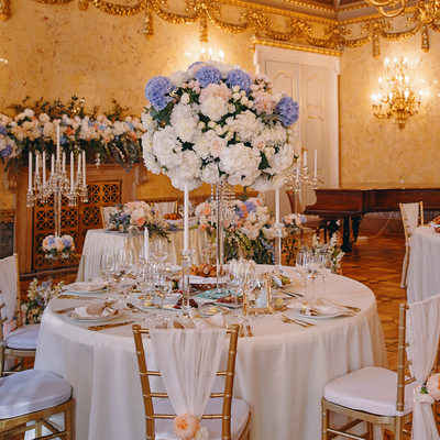 Kaunicky Palace wedding dinner table setups