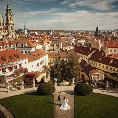 Birds eye view of wedded couple at Vrtba Garden Prague