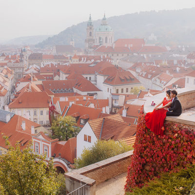 enjoying the Autumn colors of Prague