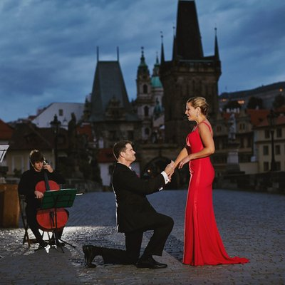 A beautiful wedding proposal Prague Charles Bridge