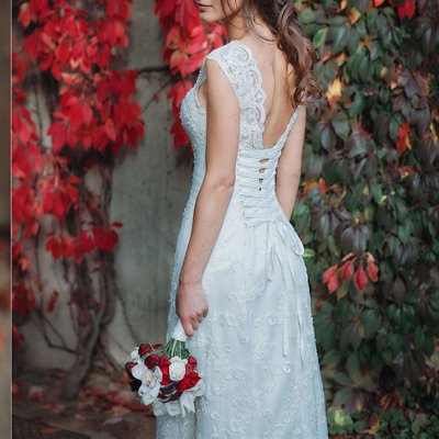 Bridal portraits at the Ledebour Garden in Prague