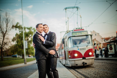 Cuddling as the tram goes by I Prague engagements