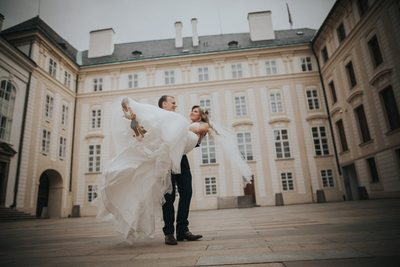 spinning the bride around at Prague Castle