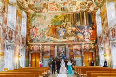 Prague destination wedding at the Troja Chateau 10