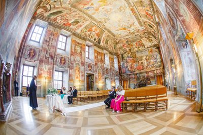 Prague destination wedding at the Troja Chateau 011