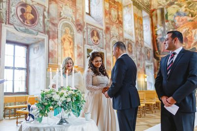 Prague destination wedding at the Troja Chateau 13