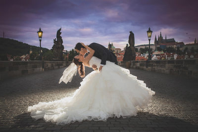 luxury pre-weddings in Prague I award winning photo