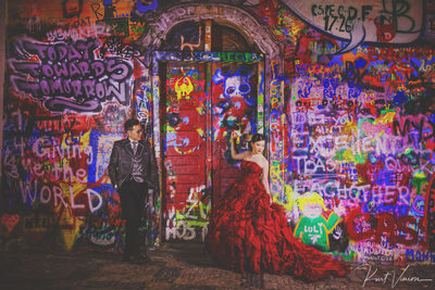 John Lennon Wall pre wedding photo