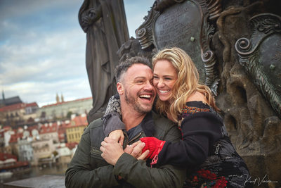 C+M surprise marriage proposal photos from Prague