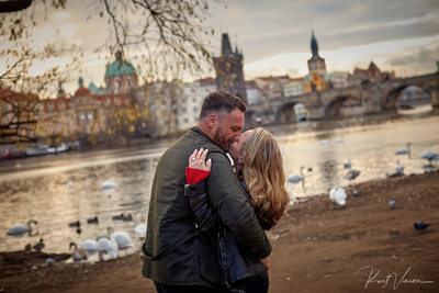 a kiss for the newly engaged Prague marriage proposal