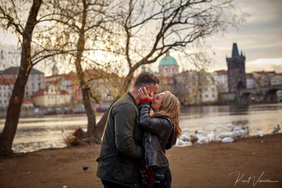 A second kiss after agreeing to marry in Prague