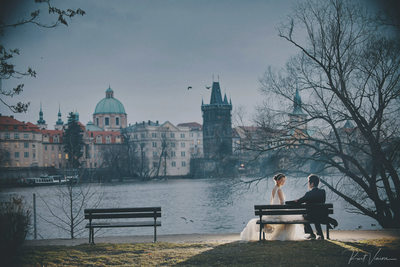 magical winter themed pre wedding Prague Charles Bridge