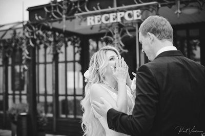 The 1st look A+S Castle Hluboka wedding day B&W photo