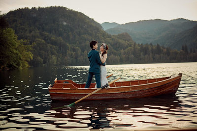 T+S boat Lake Bled luxury elopement wedding