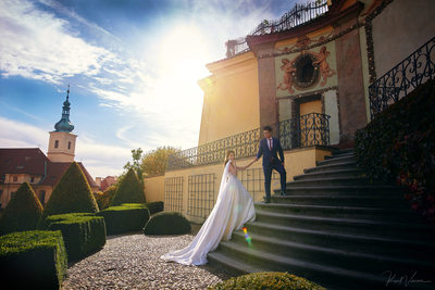 Sun flared gorgeous couple Vrtba Garden pre wedding