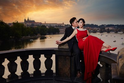 Stylish & Elegant pre weddings Prague