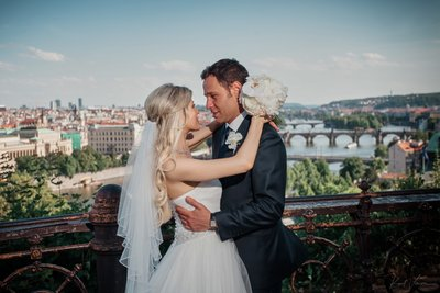 Bride & groom overlooking Prague