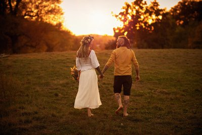 Boho styled love story walking off