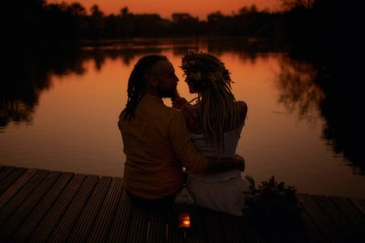 Boho styled love story photographed at sunset
