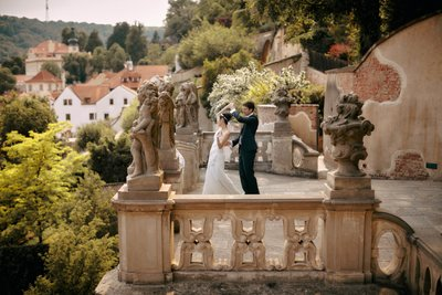 practicing their 1st dance overlooking Prague