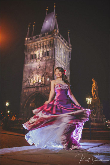 Stylish night time portrait session in Prague