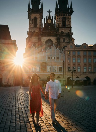 Walking with your bestie in Prague at sunrise