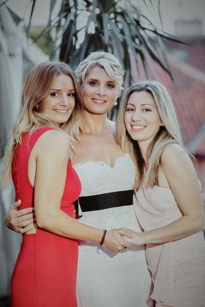 Three beautiful ladies - Prague weddings