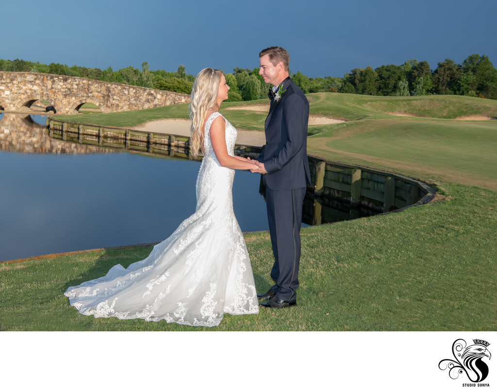 Couple at Eighteenth Hole at Grandover Resort