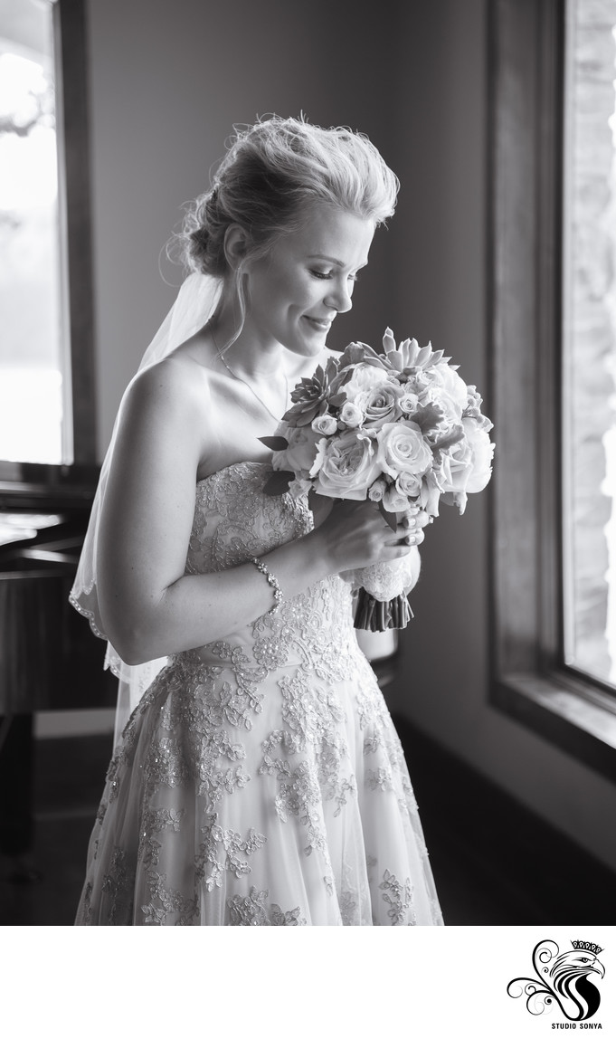 Black & White photo of Bride with Bouquet