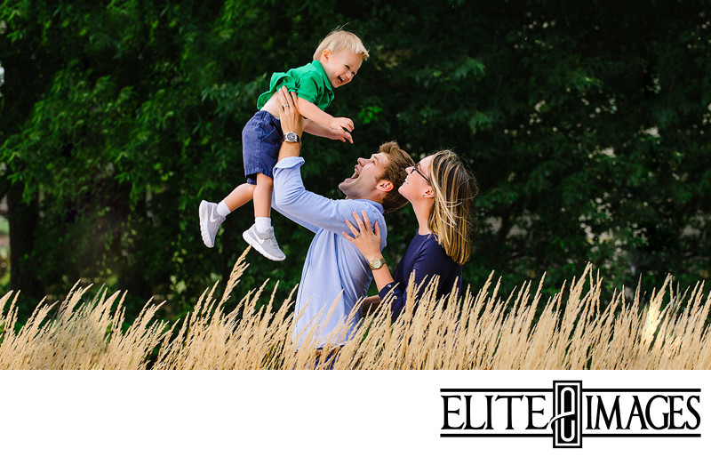 Cute Fall Family Portraits Dubuque