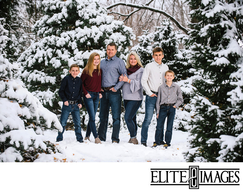 Winter Family Portraits Dubuque