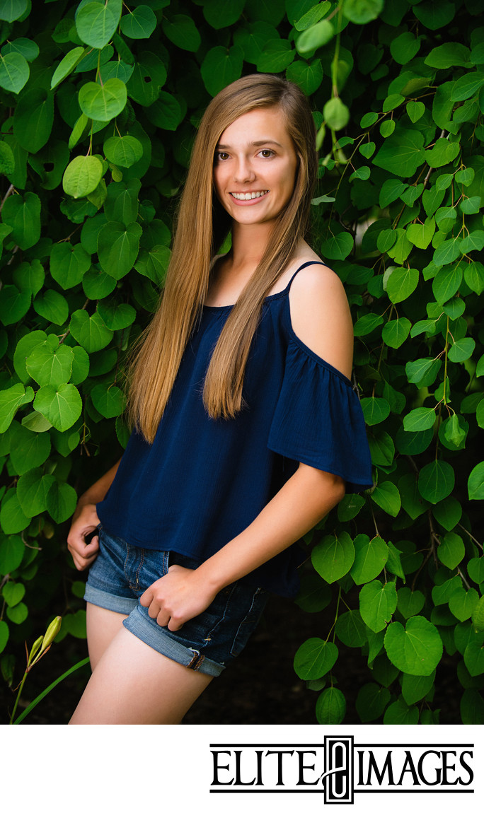Dubuque Arboretum Outdoor Senior Portraits