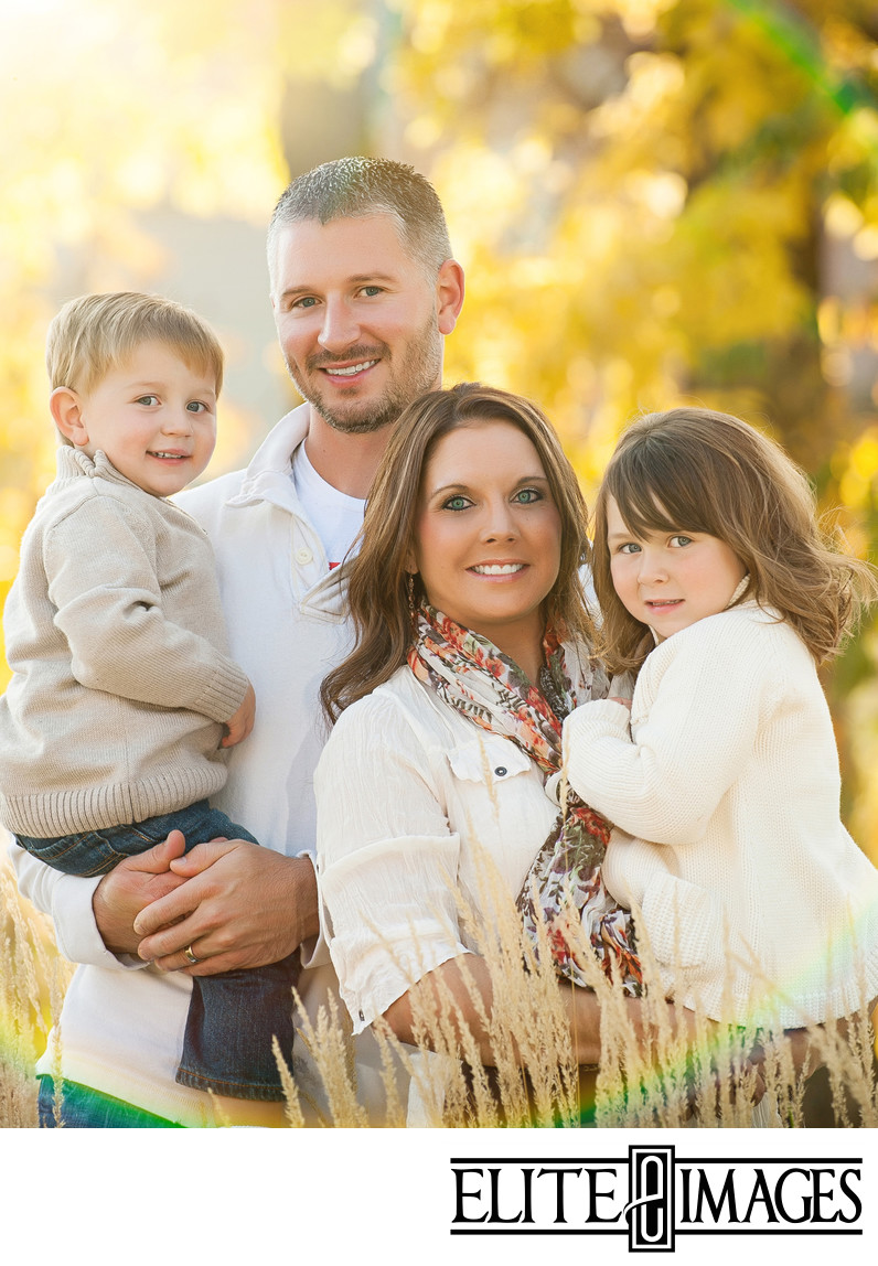 What to Wear for Family Portraits - Photographers Dubuque
