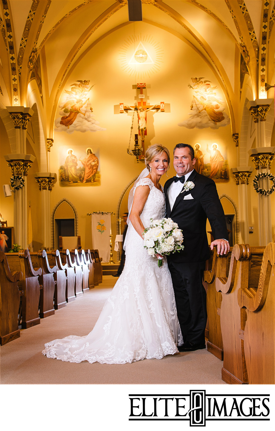 Dubuque Wedding Pictures in Church