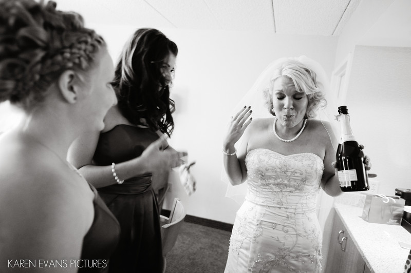 Fun Wedding Photos in Columbus Ohio