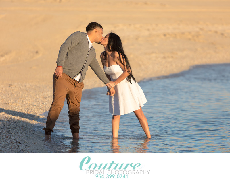 BEST FORT LAUDERDALE ENGAGEMENT PHOTOGRAPHERS