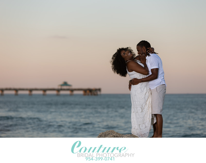 BEST ENGAGEMENT PHOTOGRAPHERS IN DEERFIELD BEACH