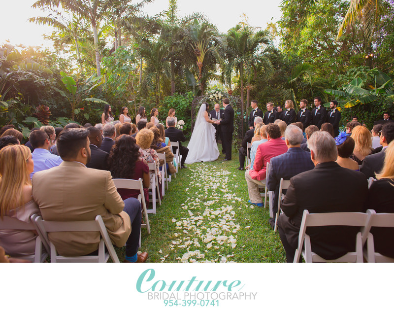 WEDDING PHOTOGRAPHERS FINDING THE RIGHT ONE