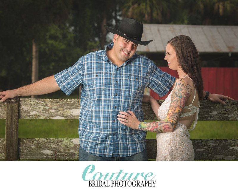 ENGAGEMENT PHOTOGRAPHY SESSIONS ON FARMS