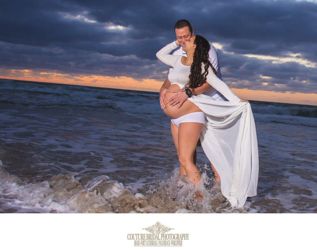 FORT LAUDERDALE BEACH FINE ART MATERNITY PHOTOGRAPHER