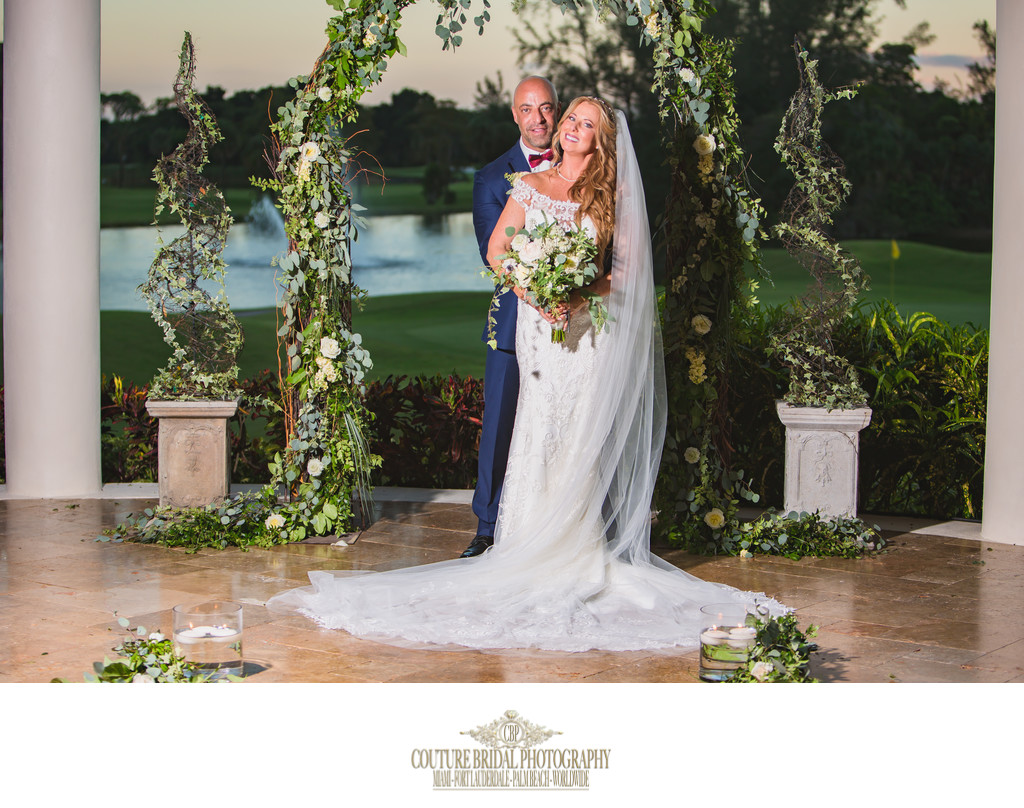 WEDDING PHOTOGRAPHERS CLOSE TO FORT LAUDERDALE