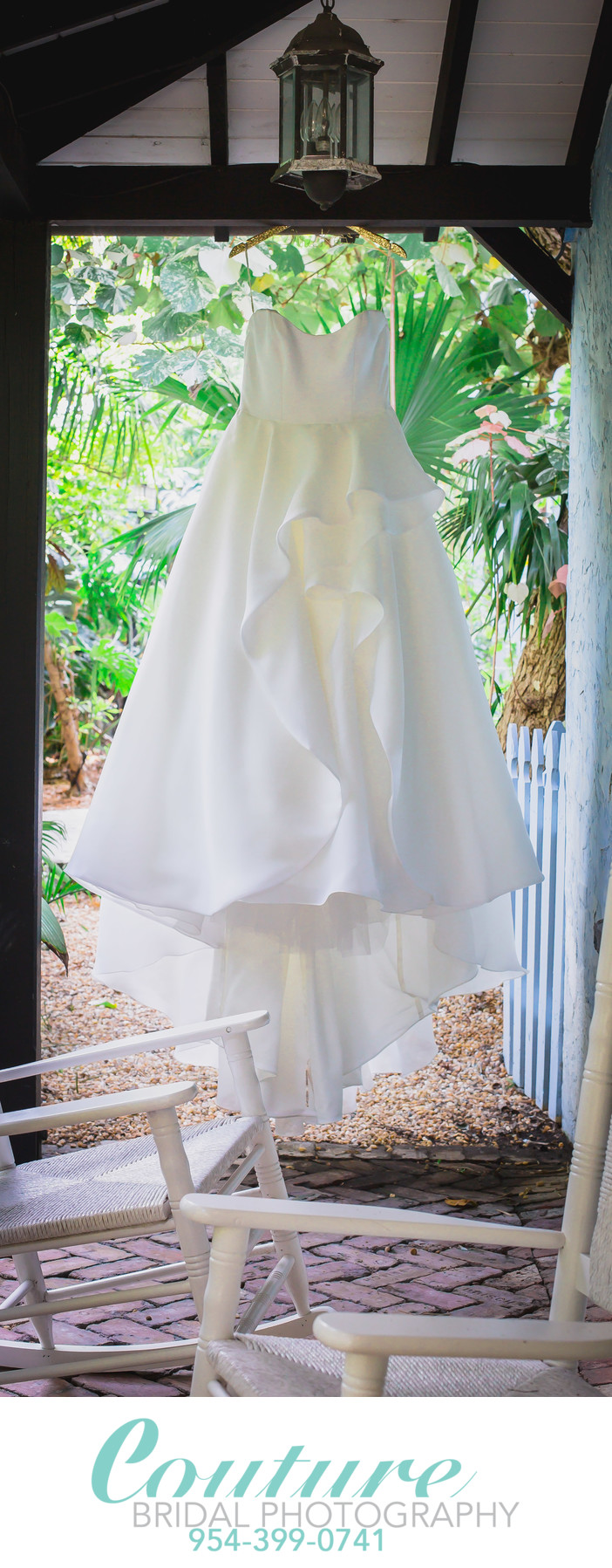 PICTURES OF THE WEDDING DRESS PHOTOGRAPHER CANT FORGET